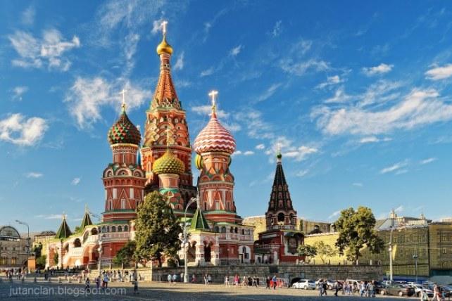 5-landmark-to-go-in-russia_2-1_690x460.jpg