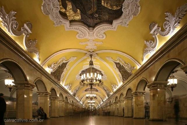 5-landmark-to-go-in-russia_4-3_690x460.jpg